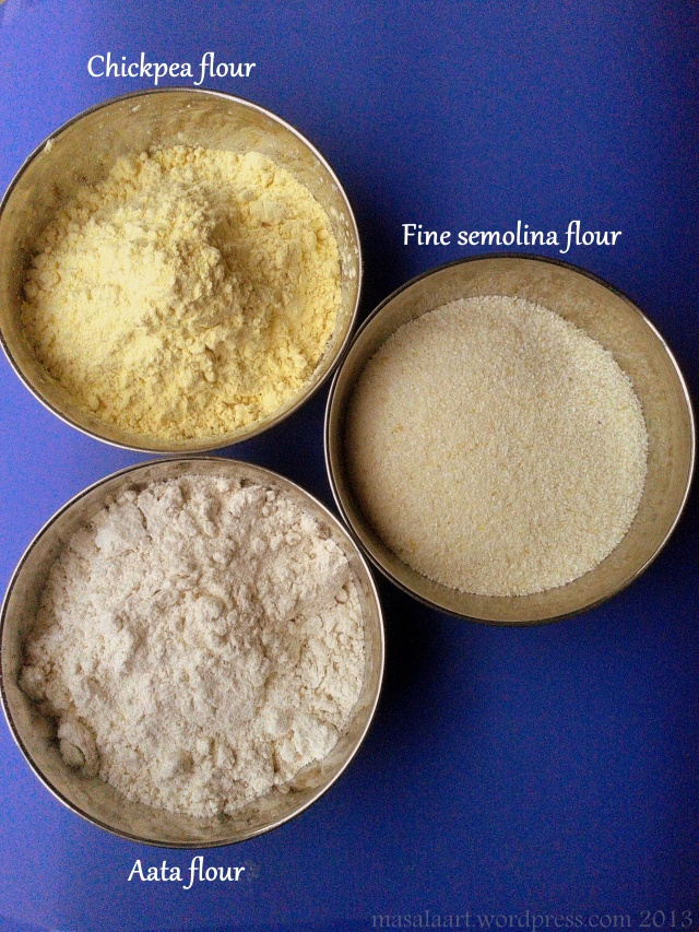 diff flours in small bowls